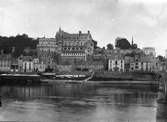 1902 541