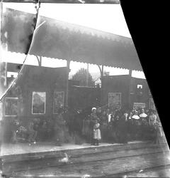 1903 772