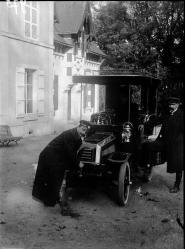 1904 975